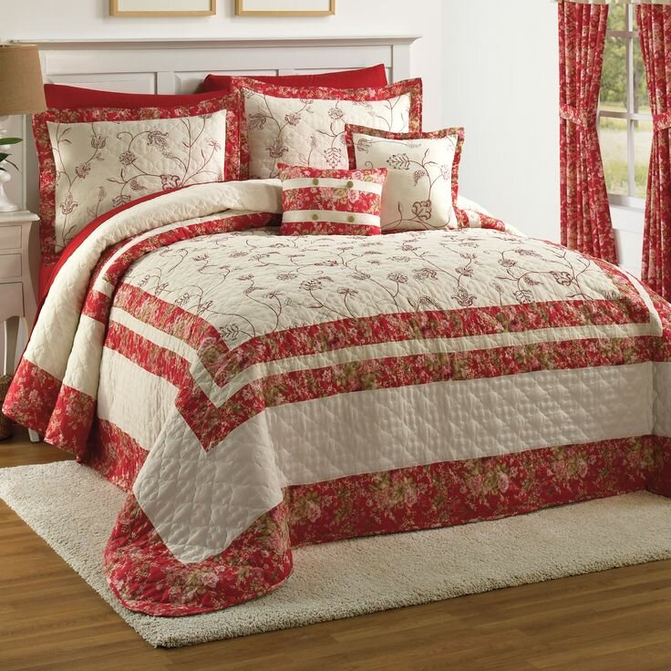 21 beautiful bed linens in this gallery mostbeautifulthings for Beautiful bedspreads