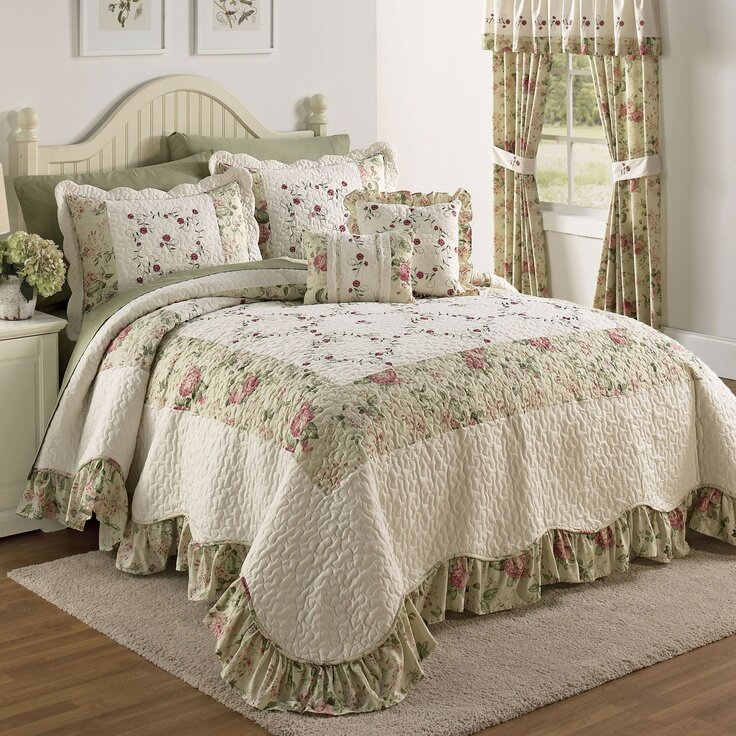Beautiful Linens: 21 Beautiful Bed Linens In This Gallery