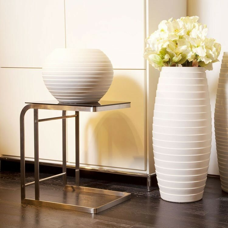 15 ideas of decorating with vases mostbeautifulthings for Deco decoration