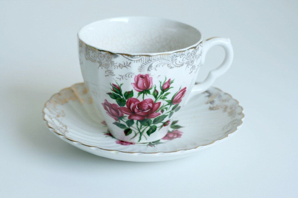 15 decorative and beautiful cup designs mostbeautifulthings for Cool tea cup designs