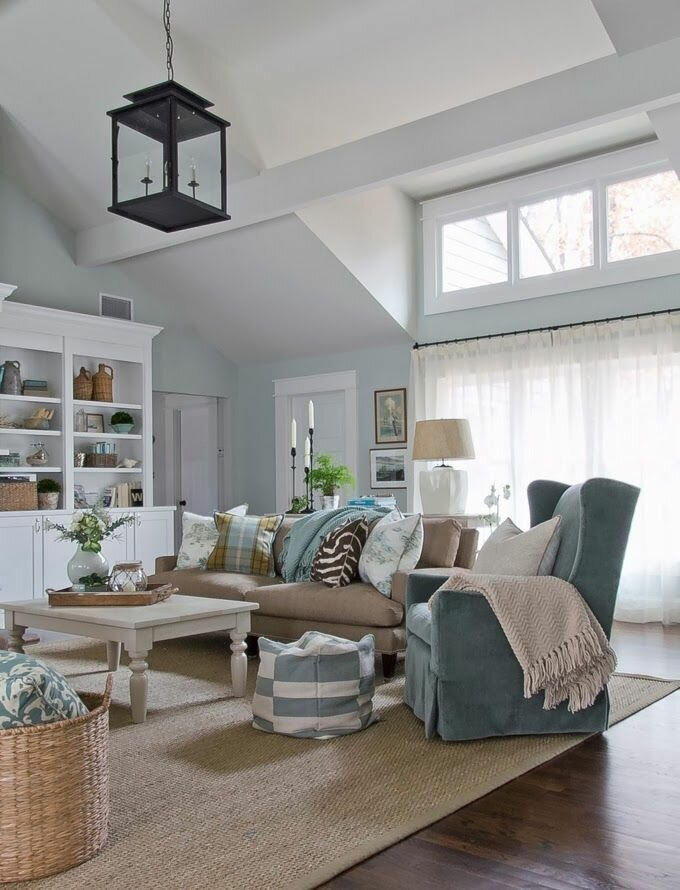 15 beautiful living room examples mostbeautifulthings for Gorgeous living rooms
