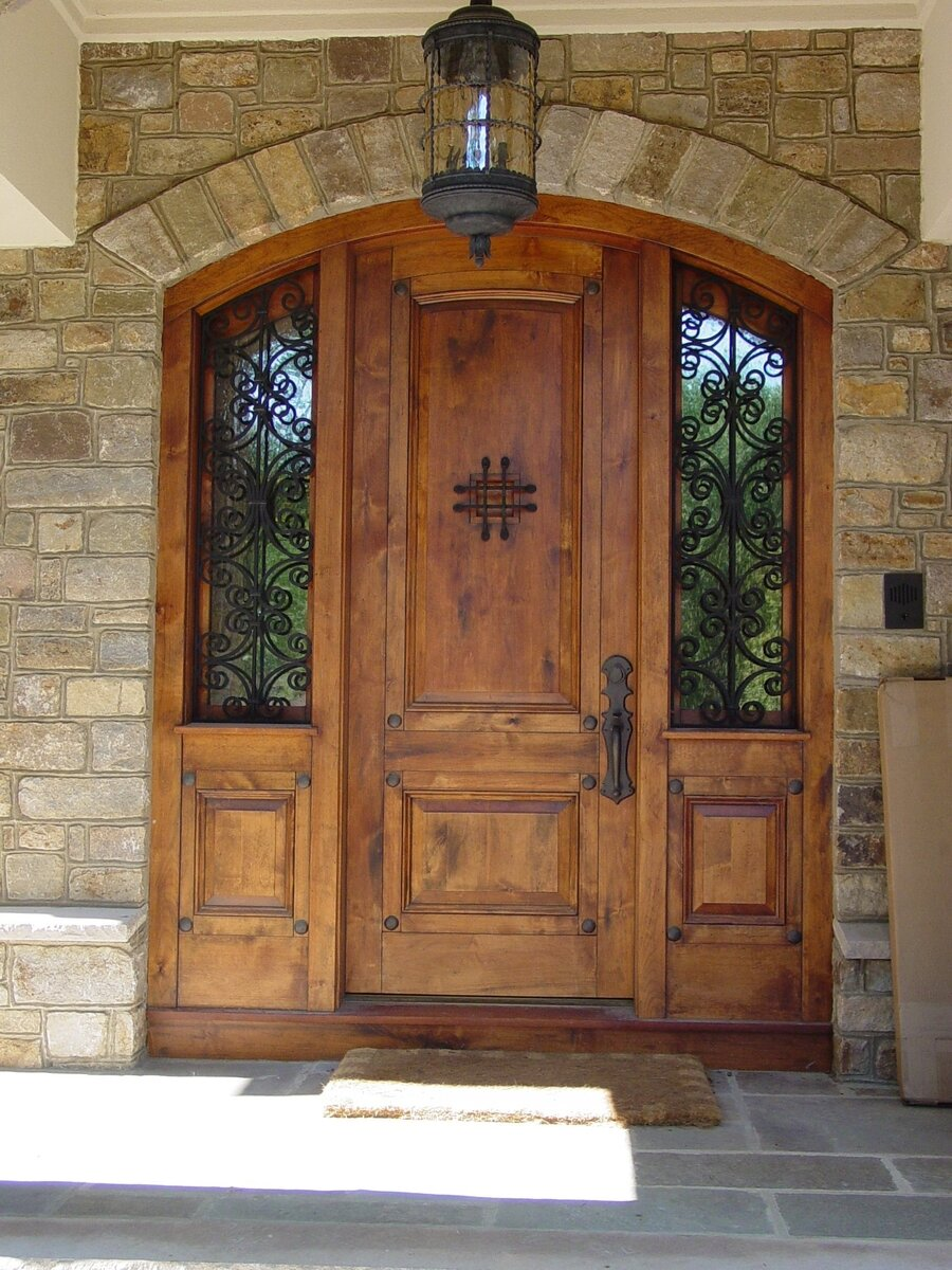 Top 15 exterior door models and designs mostbeautifulthings for Entry door with side windows