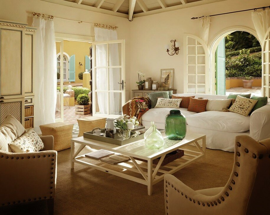 Beautiful Living Room White Sofa Oak Coffee Table Country House. Home  Decorating Ideas 10