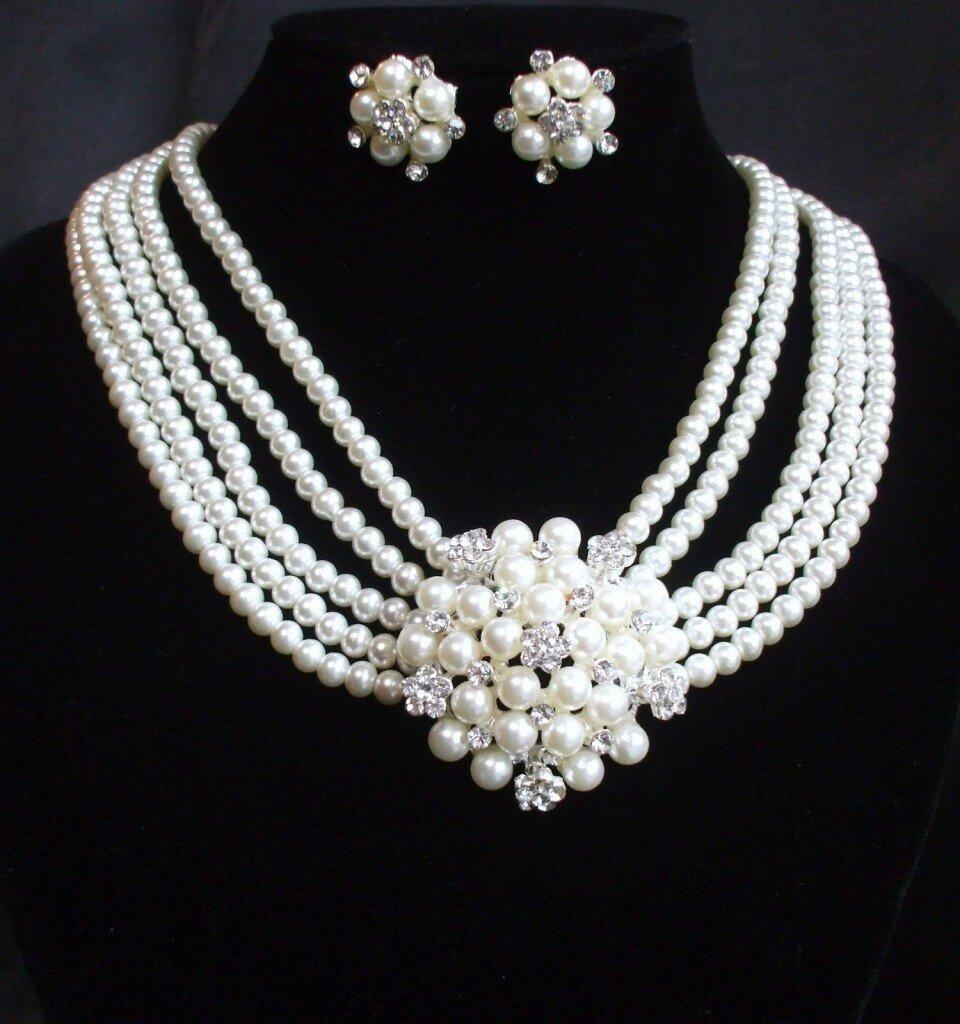 Black Stone Fashion Necklace