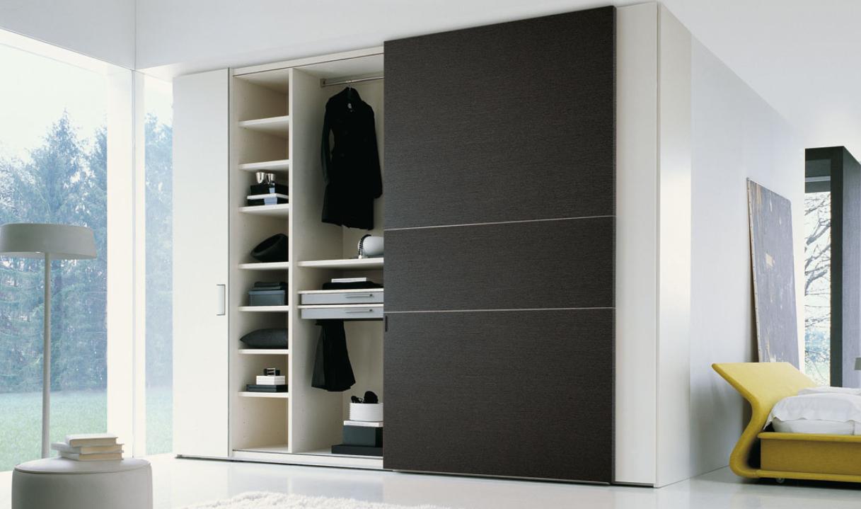 15 inspiring wardrobe models for bedrooms for Bedroom wall almirah designs