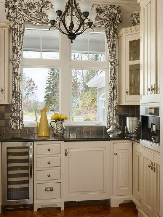 19 inspiring kitchen window curtains mostbeautifulthings - Kitchen window drapes ...