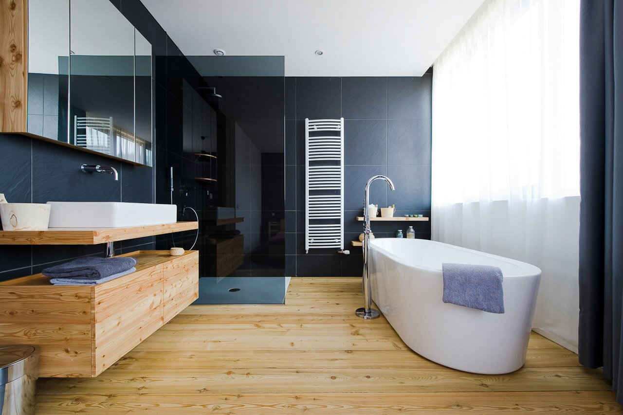Top 25 modern bathroom design examples mostbeautifulthings - Salle de bain avec parquet ...