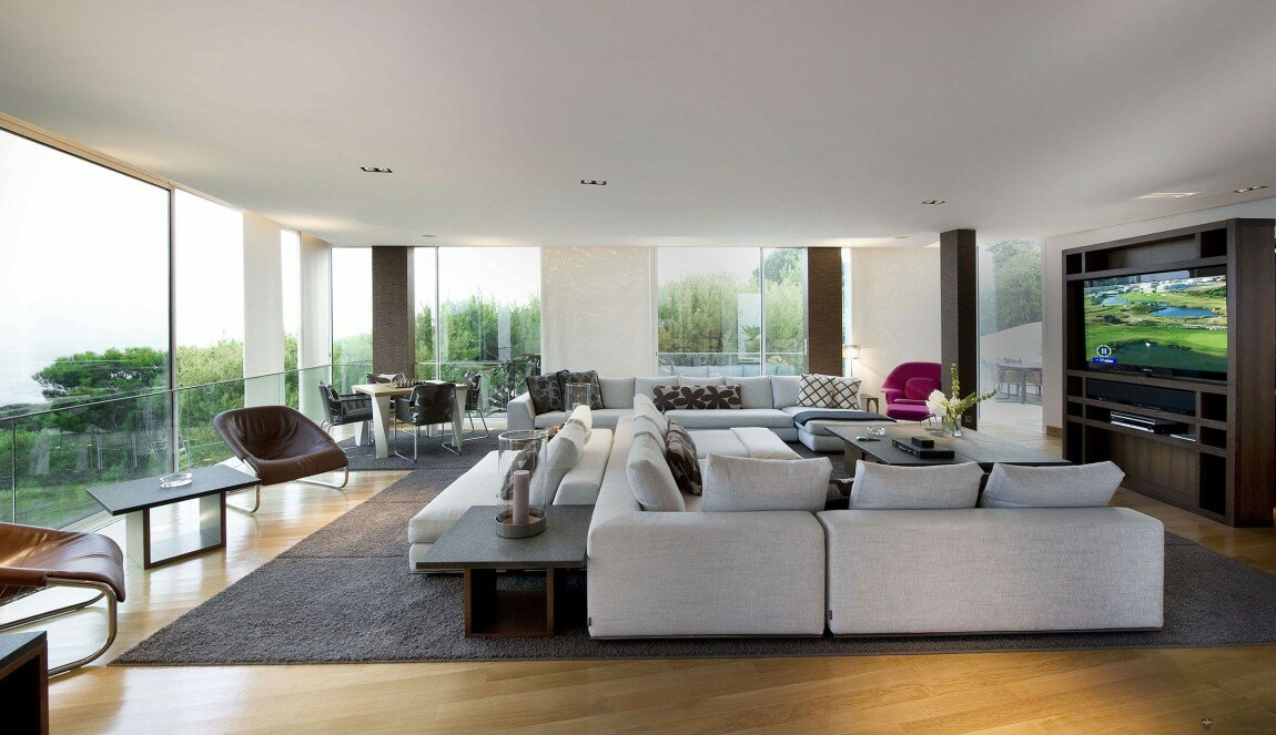 The 20 best modern lounge designs mostbeautifulthings for Living room designs for big spaces