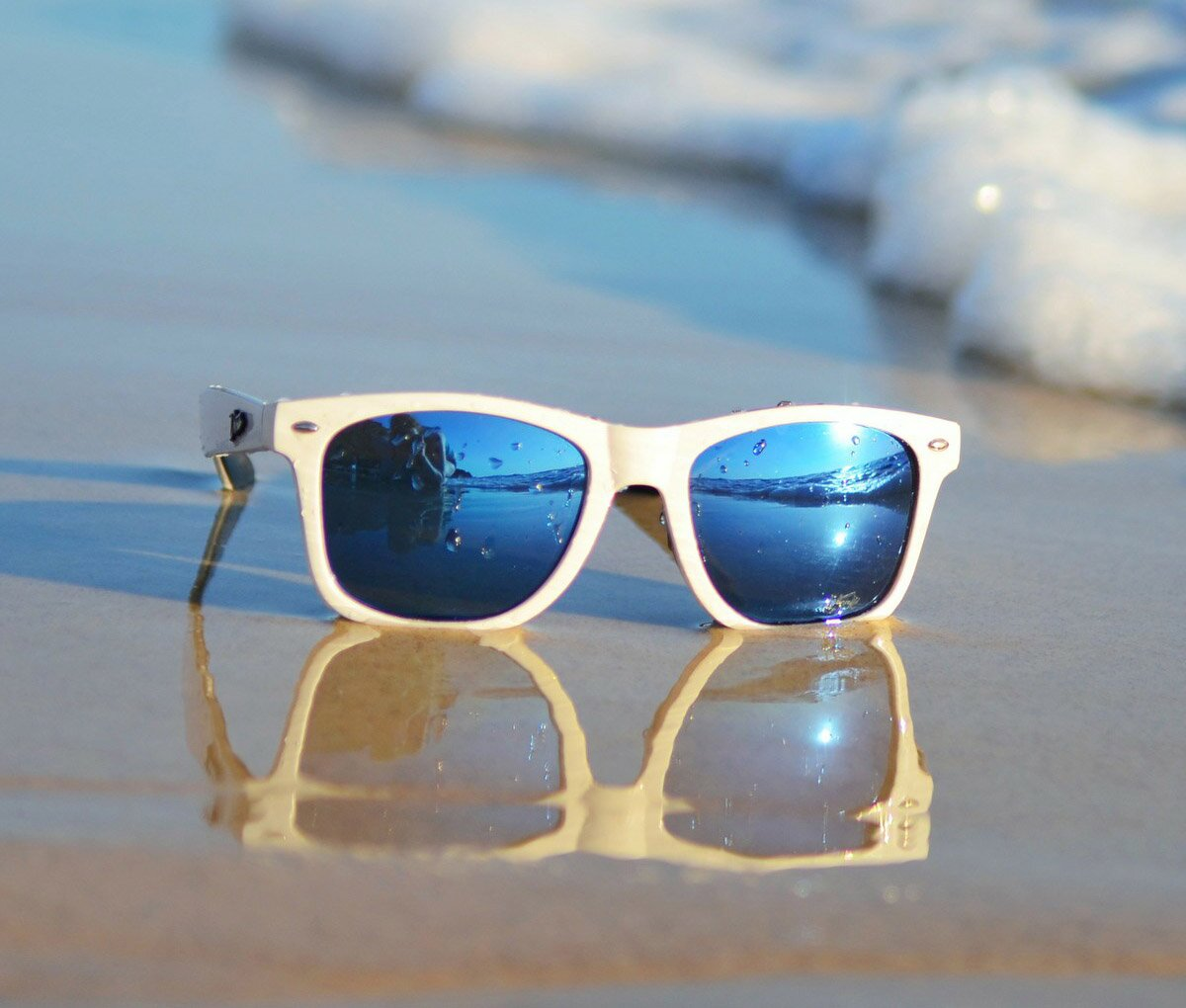 18 Beautiful Beach Glass Designs With Perfect Pics ...