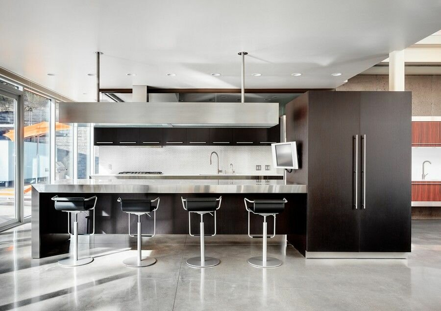 Trendy and new kitchen designs in 17 example pics for Most modern kitchen design