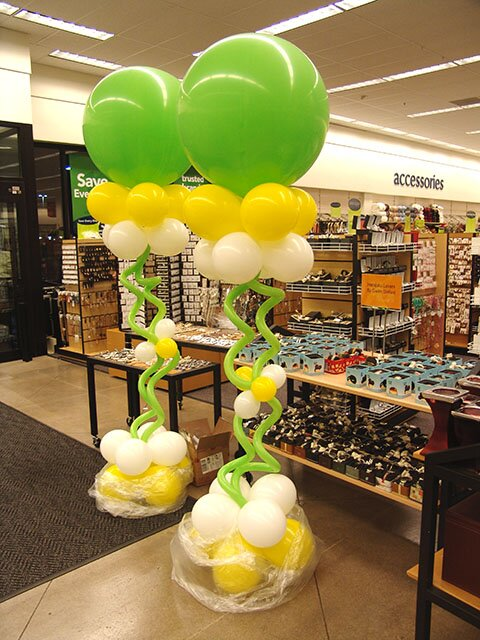 19 best examples of balloon decorations mostbeautifulthings for Balloon column decoration