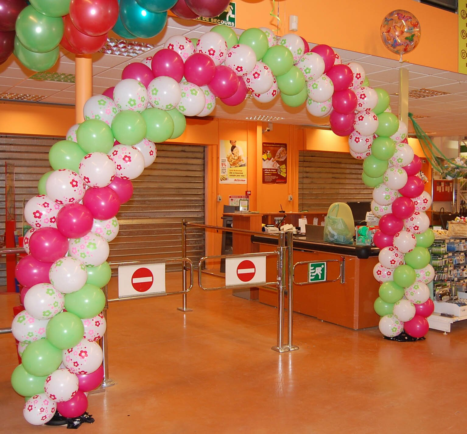 19 best examples of balloon decorations mostbeautifulthings - Decoration de table ...