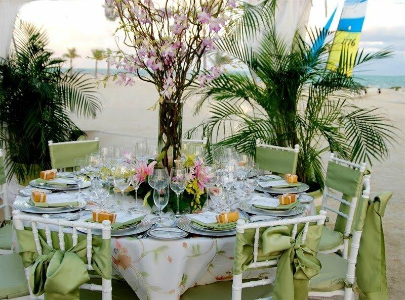 19 really beautiful bridal shower decorations - Mesas de boda decoradas ...