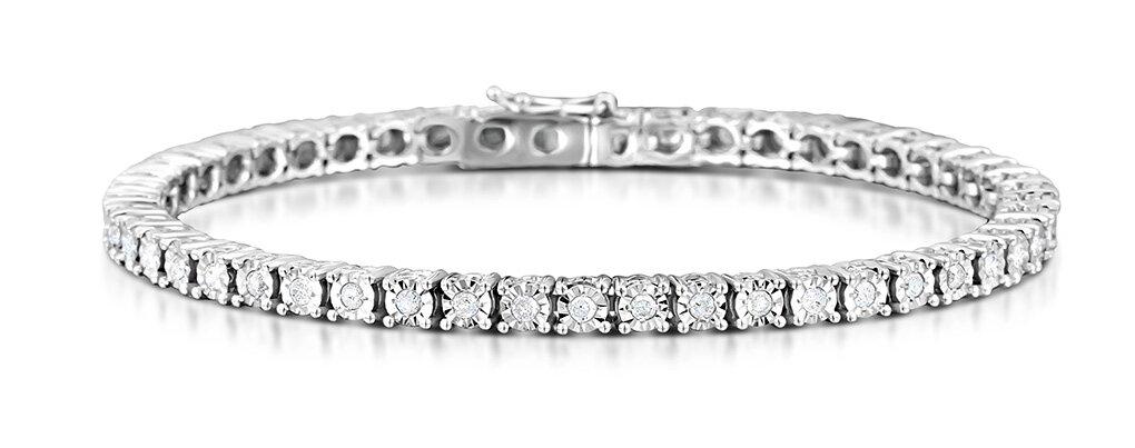 The 13 Most Beautiful Tennis Bracelet Designs