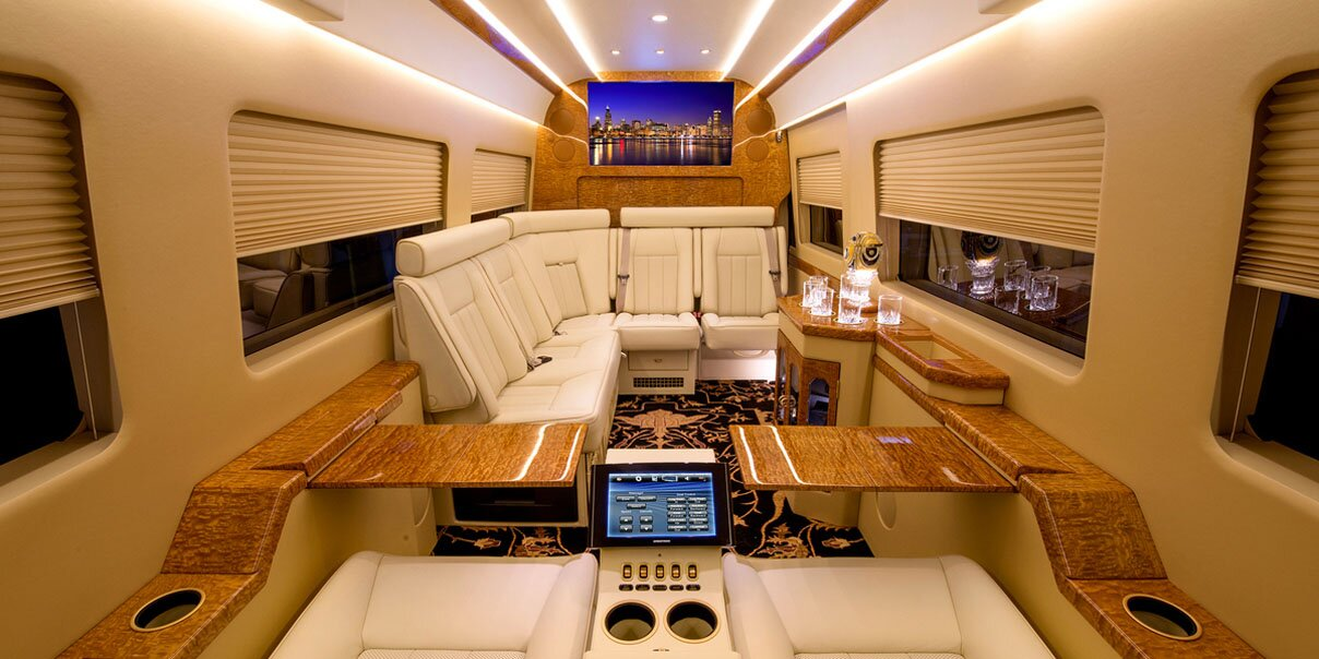 The 10 most luxury bus designs mostbeautifulthings for Bus interior designs